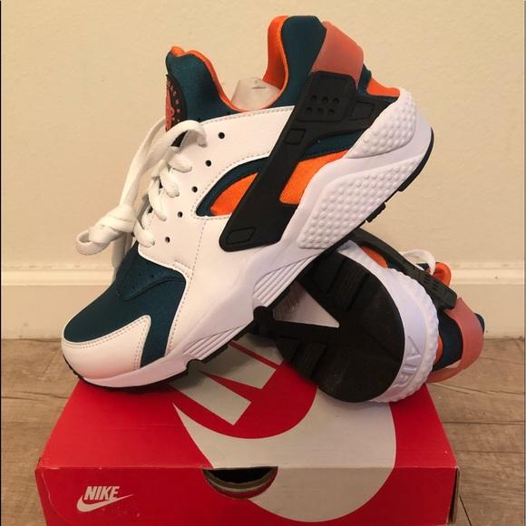 Nike Shoes | Miami Hurricanes Huaraches